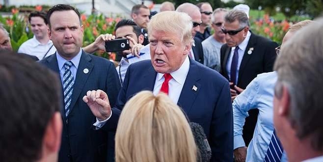 Trump engelli muhabirle alay etti