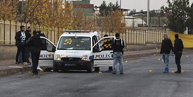 Diyarbakır'da polise hain saldırı: 3 yaralı