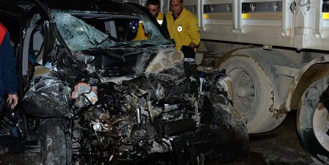 Katliam gibi kaza: 3 ölü 3 yaralı!
