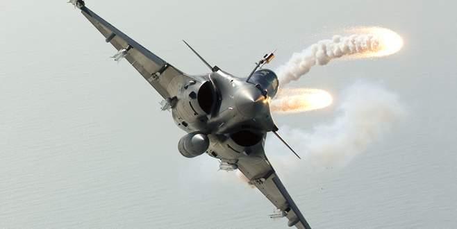 Fransız pilotlar ilkokulu bombaladı