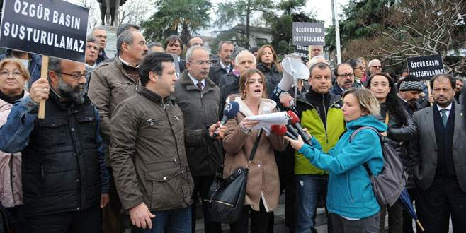 Dündar ve Gül'ün tutuklanmasına tepki