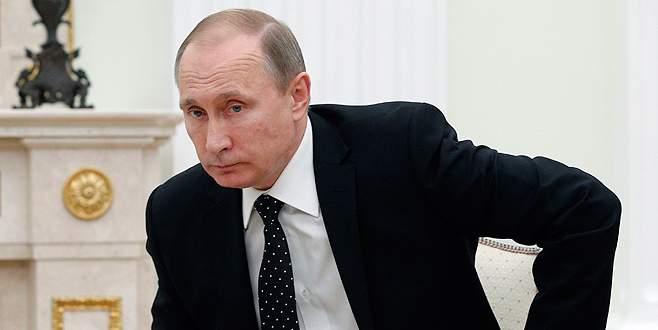 Putin, Türkiye'ye yönelik ekonomik yaptırımları imzaladı