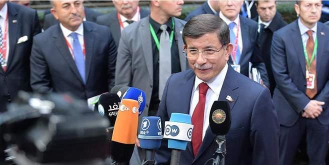 Davutoğlu Brüksel'de konuştu: Tarihi bir gün