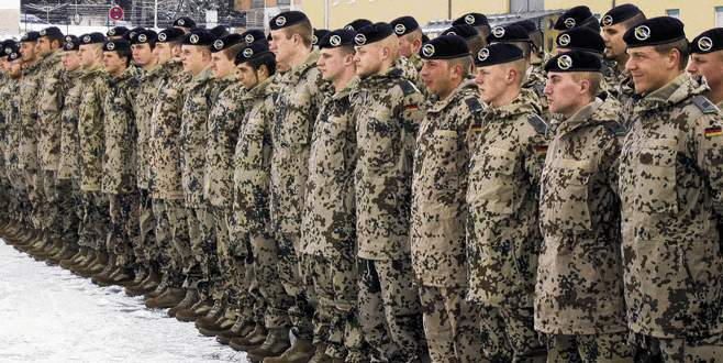 Almanya'dan Suriye'ye bin 200 asker