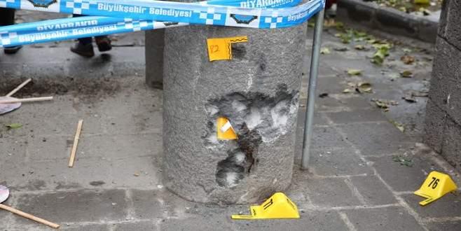 Diyarbakır'da inceleme heyetine ateş açıldı