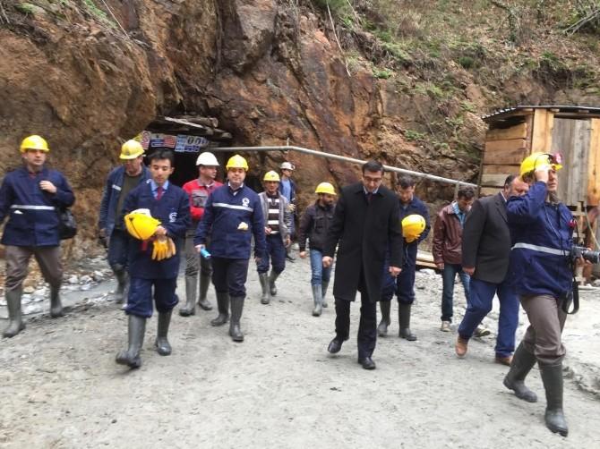 Göçük Olan Madende İnceleme