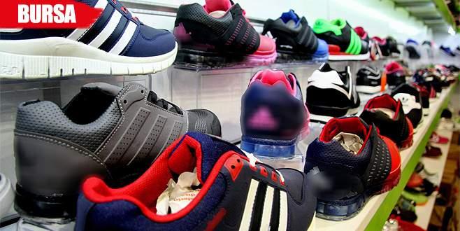 Taklit ayakkabı satıcılarından şaka gibi savunma