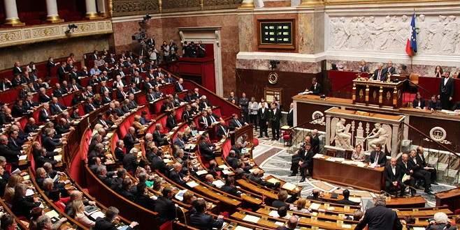 """Fransa'da """"soykırım"""" tasarısına onay yok"""