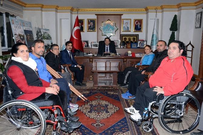 Engelli Dernekleri Başkanı Yazgı'yı Ziyaret Etti