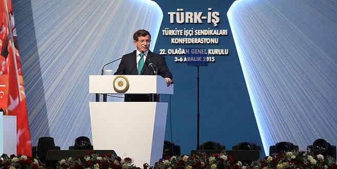 Davutoğlu: Türkiye'nin hiçbir ülkenin toprağında gözü yoktur