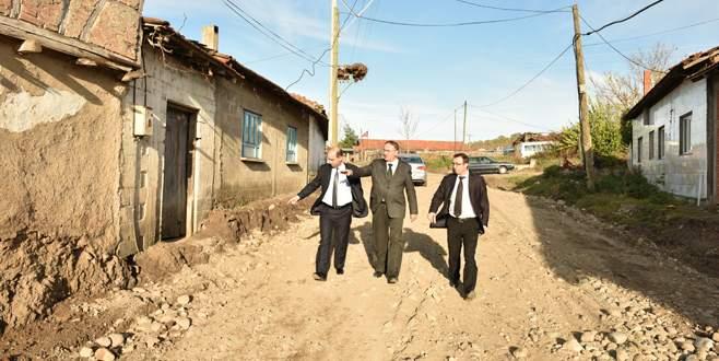 Kırsal mahallelerin yolları düzenleniyor