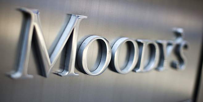 TL'ye Moody's morali