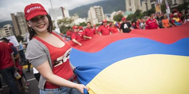 Venezuela'da 17 yıllık iktidar seçimi kaybetti