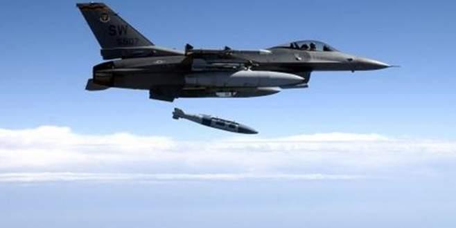 Koalisyon jetleri Esad'ı vurdu