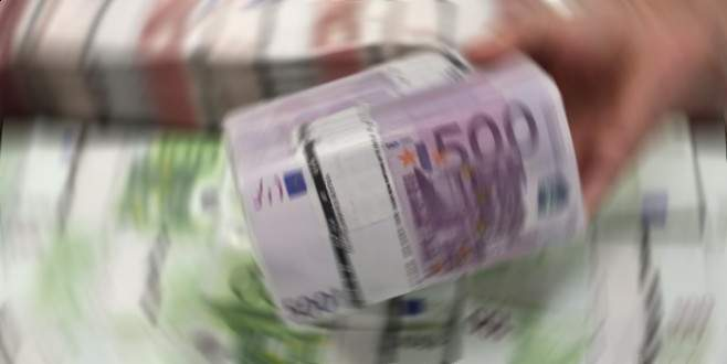 Nehirde 100 bin Euro bulundu