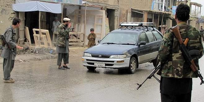 Afganistan'da iki Taliban grubu çatıştı: 54 ölü