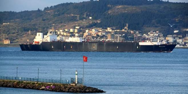 Boğazlardan 11 ayda 79 bin gemi geçti