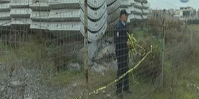 Çıplak kadın cesedi bulundu