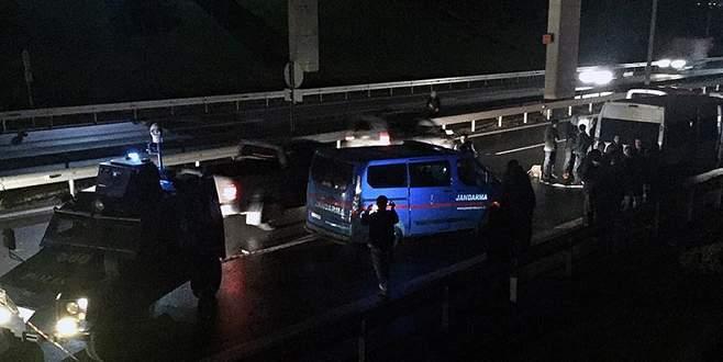 Jandarma aracına silahlı saldırı