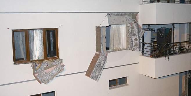 12 katlı apartmanda doğalgaz patlaması