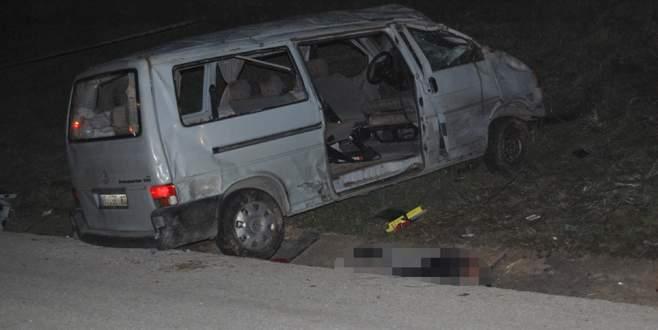 İşçileri taşıyan minibüs kaza yaptı: 4 ölü, 9 yaralı