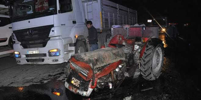 Zincirleme kaza: 2 ölü, 4 yaralı