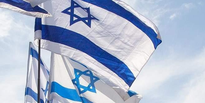 İsrail Almanya'dan 400 milyon Euro'luk denizaltı aldı