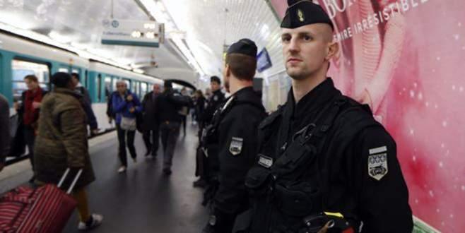 Avrupa'da 'pasaport' alarmı