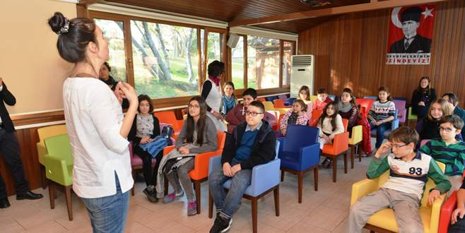 Filozof çocuklar Düşünme Atölyesi'nde buluştu