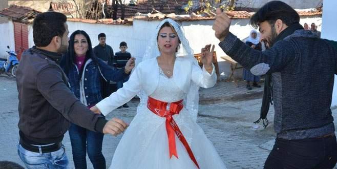 Suriyeli gelin takıları alıp kaçtı!