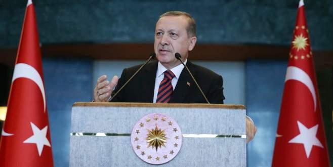 Cumhurbaşkanı: 'Kibir abideleri kaçacak delik arıyorlar'