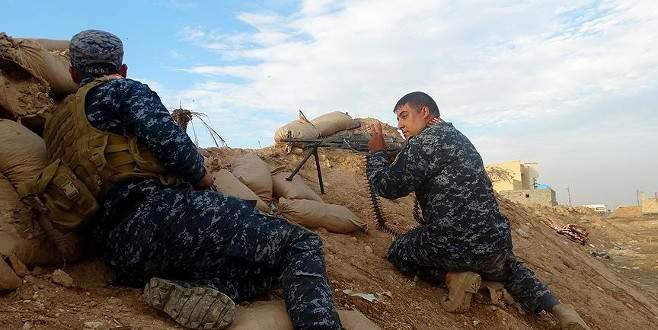 Irak güçleri karadan Ramadi'ye girdi