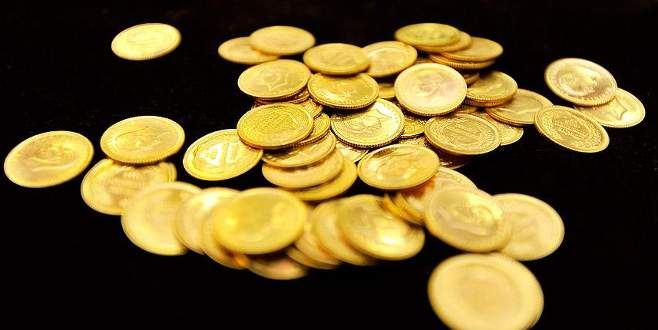 Altın üretimi yarı yarıya düştü