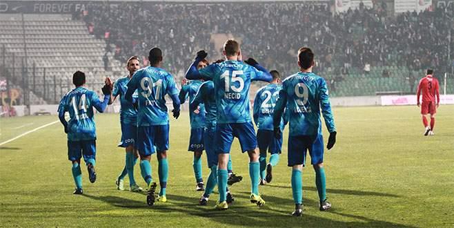 Bursaspor lig için moral kazandı
