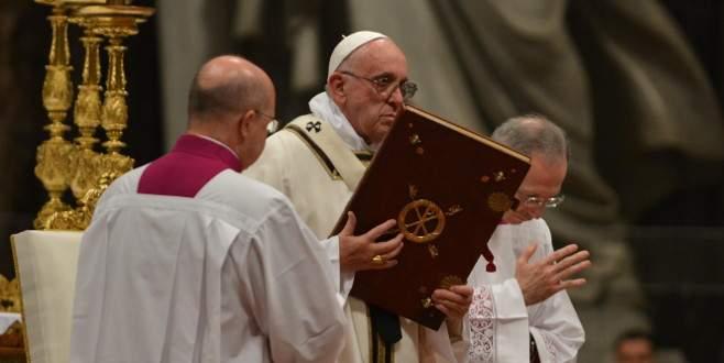 Vatikan'da Noel ayini