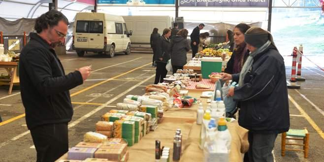 Nilüfer Organik Ürün Pazarı'na ilgi artıyor