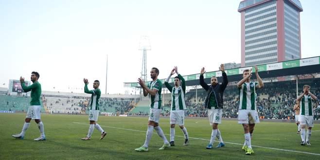 Bursasporlu futbolcular galibiyeti değerlendirdi