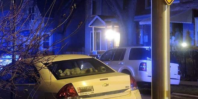 ABD polisi iki siyahiyi vurarak öldürdü