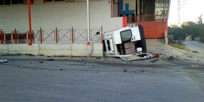 Bursa'da öğrenci servisi kaza yaptı: 10 yaralı