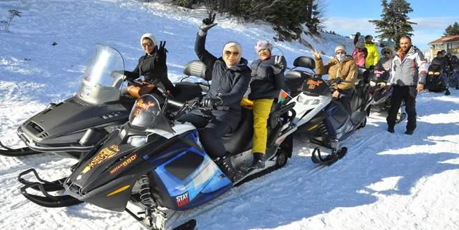 Uludağ'da kar motoru ve kızak kiralayanlara kaza sigortası yapılacak