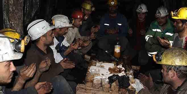 Yeni yılı maden ocağında karşıladılar