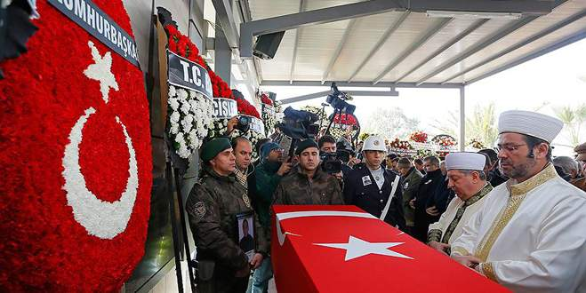 Şehit polis Erol Aktürk son yolculuğuna uğurlandı