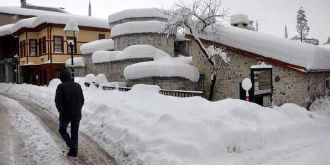 Bartın'da okullara 2 gün kar tatili!