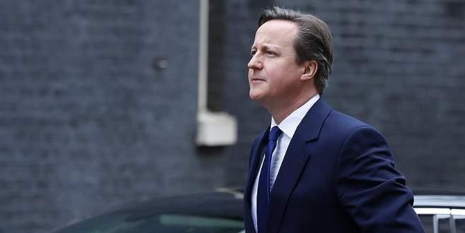 Cameron'a idamlara sessiz kaldı eleştirisi