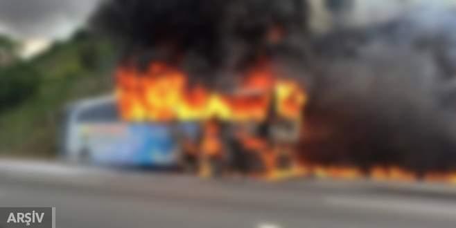 Çin'de halk otobüsünde yangın: 14 ölü