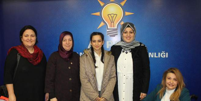 AK Partili kadınlardan yetim çocuklara yardım