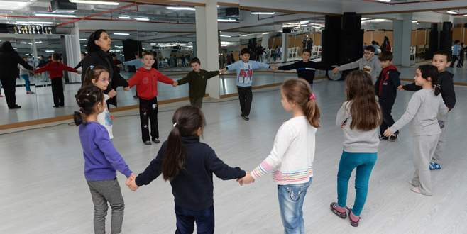 Çocuklara özel drama kursu