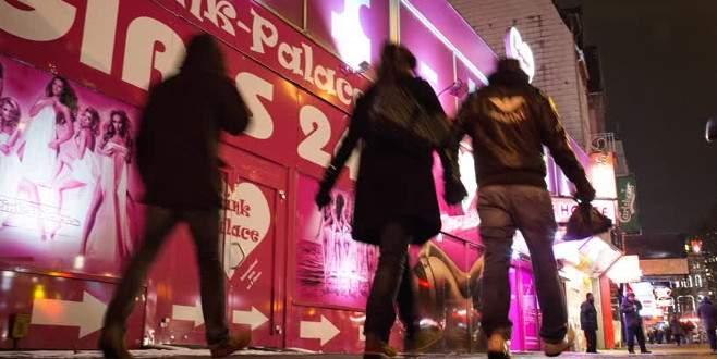 Almanya'da taciz skandalı büyüyor