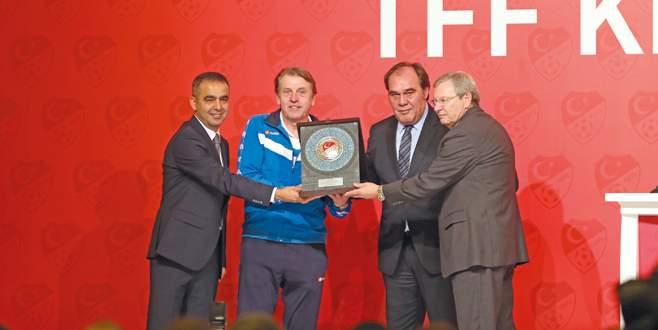 Futbolun kalbi Antalya'da attı