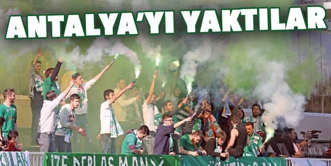 Antalya'yı yaktılar